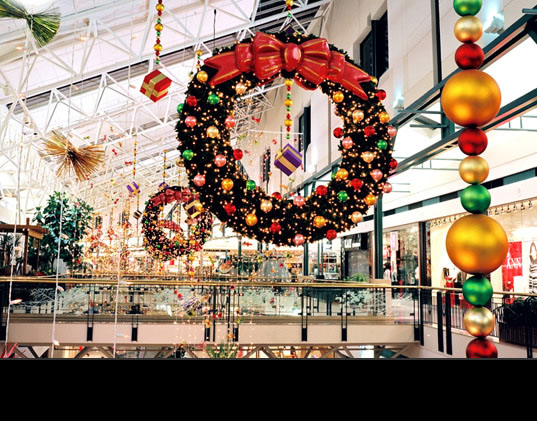 ALWAYS IN SEASON Commercial Holiday Decorating : Seasonal Decorations :  Shopping Centers U0026 Office Buildings